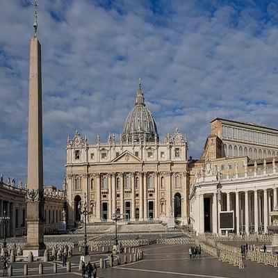 Un premier cas à l'intérieur du Vatican — Coronavirus